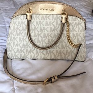Gold white MK purse 👜✨